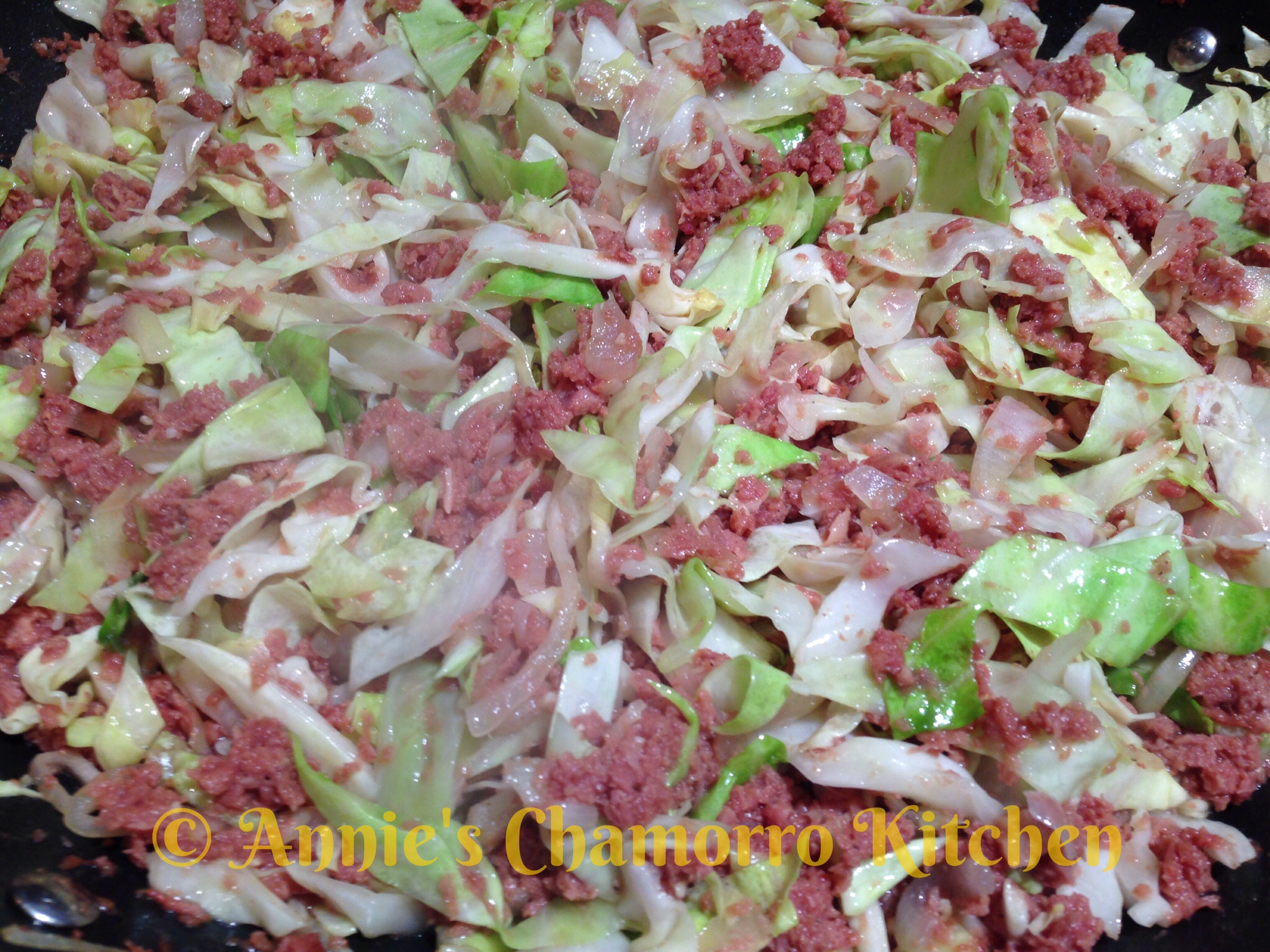 Corned Beef With Cabbage And Onions Annie S Chamorro Kitchen